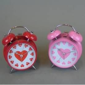 Часы - будильник с сердечком 16 см. (цвета в ассорт.) (20115а)