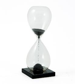 Часы песочные магнитные (140812)